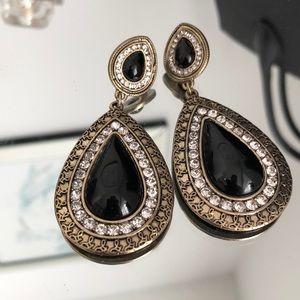 Jewelry - FREE W PURCHASE Statement Earrings